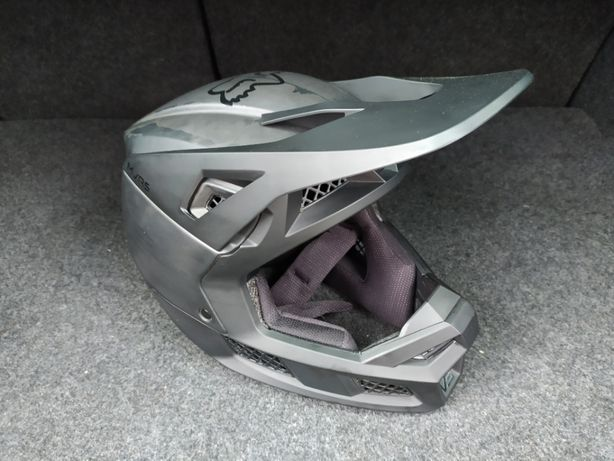 Продам шльом, шлем, шолом Fox V3 Carbon MVRS-Mips 2020 (S)