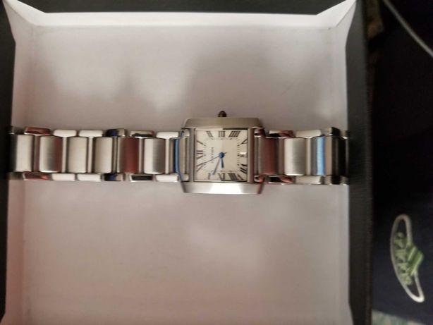 Продам  часы женские  Cartier