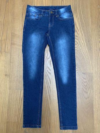 Spodnie jeansy dla chłopca 134/140