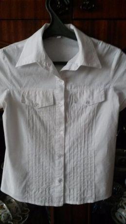 продам белую блузку для школы