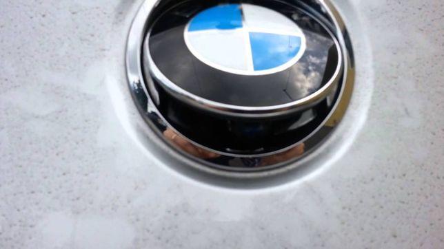 Fecho de mala com emblema bmw E87