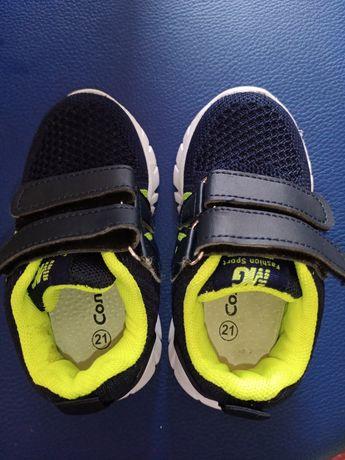 Кросівки  21розмір