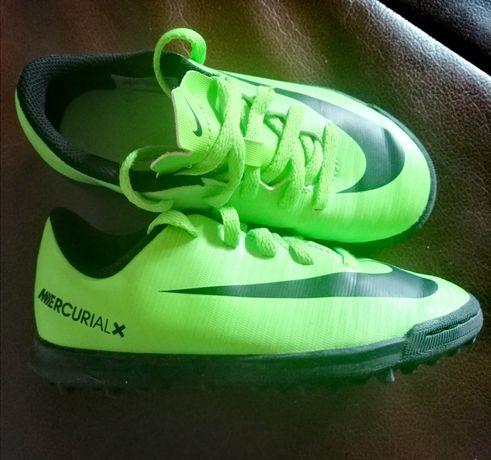 Turfy korki mercurial Nike  r. 28,5
