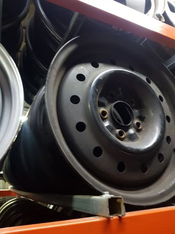Felgi Stalowe Nissan R16 5x114.3 ET40 6.5J