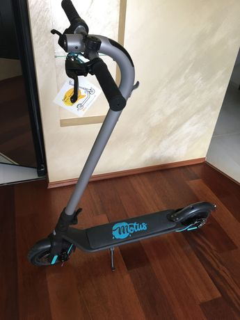 Hulajnoga elektryczna Motus Scooty 8,5+ (Turquoise)