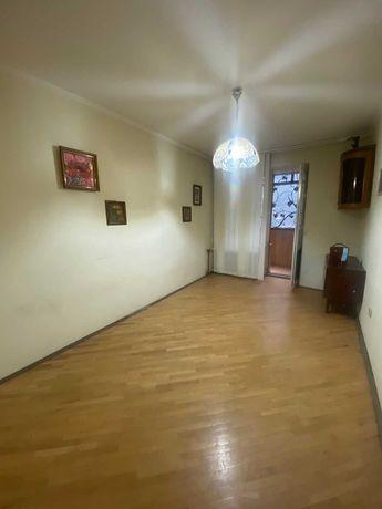 Продаж квартири в цегляному будинку по вул. Кошиця