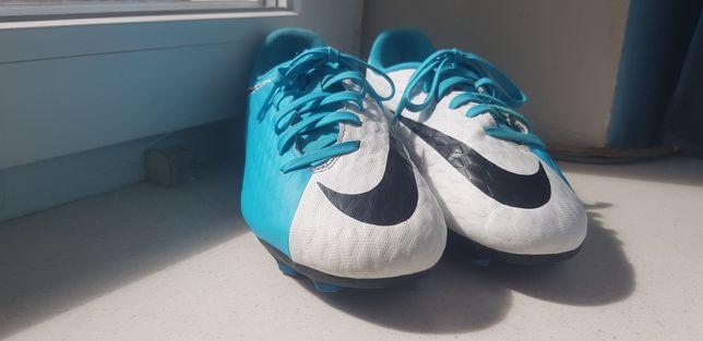 Korki Lanki Nike Hypervenom rozmiar 38,5