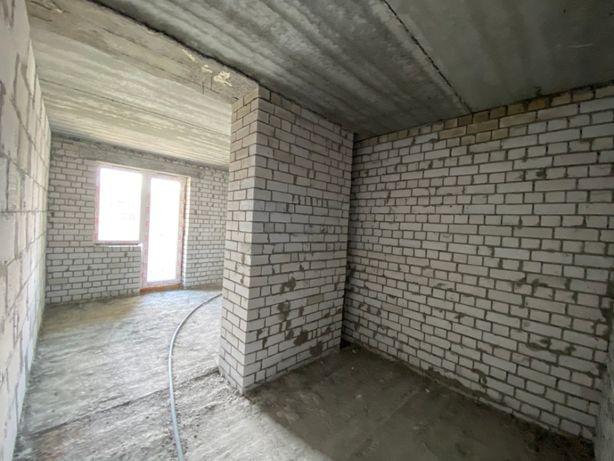 Однокімнатна квартира в новому комплексі в центрі міста