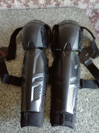 Protectores joelhos e canelas FOX