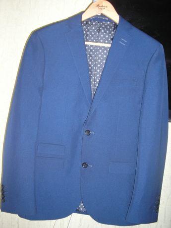 Пиджак школьный или офисный синего цвета на 48-50-52 размер стильный