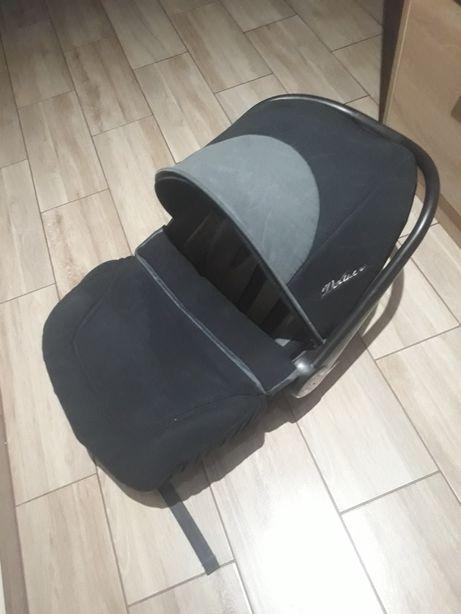 Fotelik nosidełko dla dziecka do 13 kg