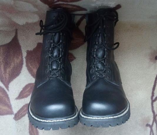Buty wojskowe skórzane rozm. 44
