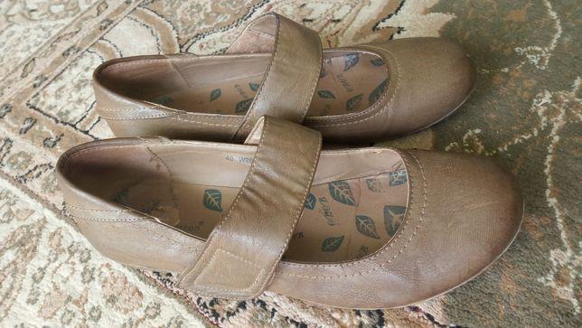 Clara Barson buty jesienne płaskie wsuwane zapinane na rzep