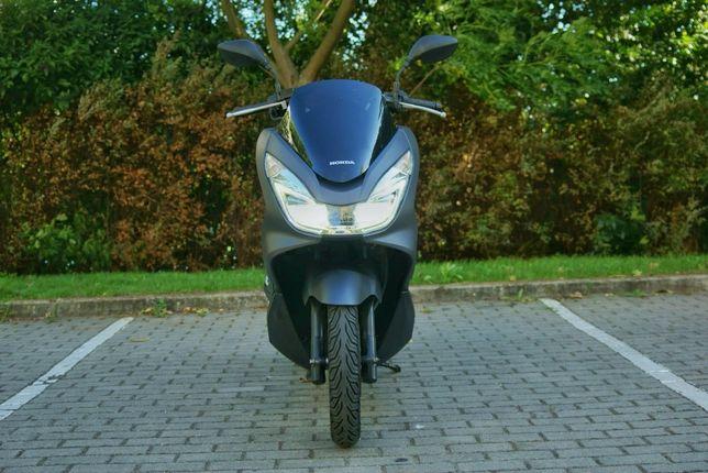 Vendo Honda PCX com Garantia