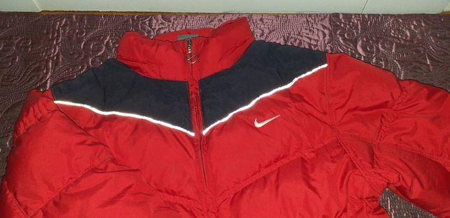 Dziecięca kurtka zimowa, puchowa Nike, 152