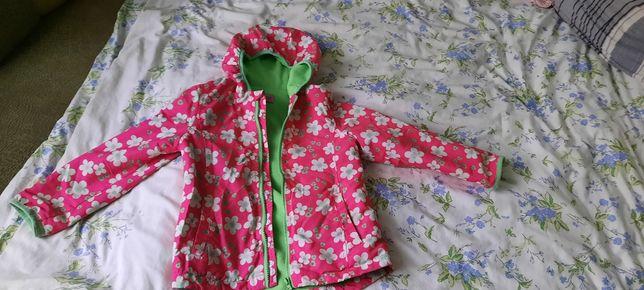 Продам курточку на дівчинку 5-6 років