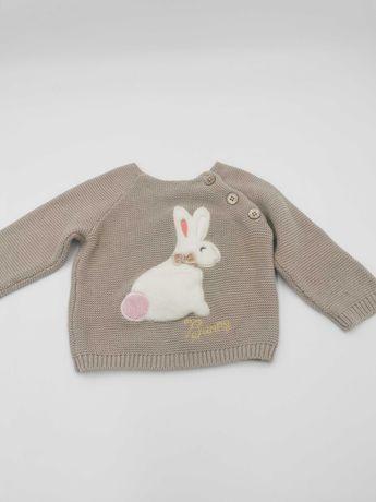 Sweterek z króliczkiem beżowy 74 Cool Club