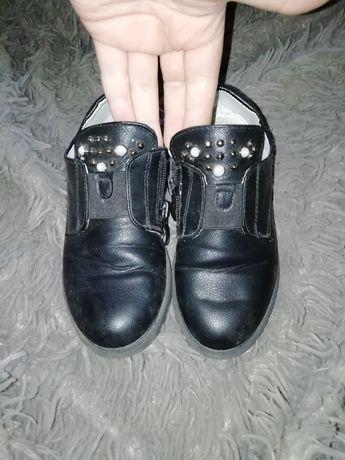 Продам туфлі для дівчинки