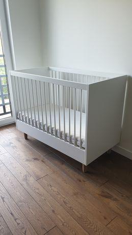 Łóżeczko dziecięce białe drewniane + materac