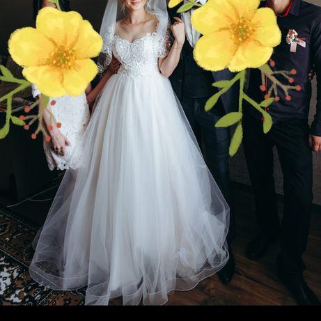 Свадебное нежное платья