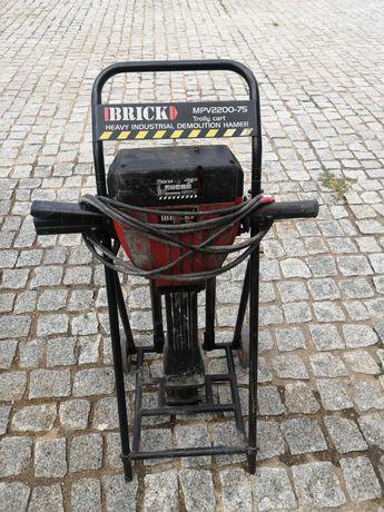 Martelo  pneumático demolidor 32 kg como novo