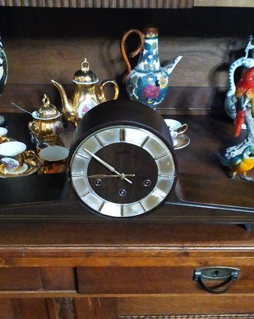 Stary zegar kominkowy kwadransowy z kurantem sygnowany Junghans