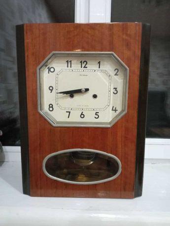 Настенные часы Янтарь с получасовым боем
