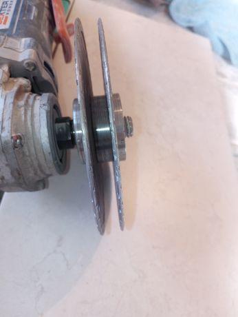 Переходник для болгарки для устоновки двух дисков под штробления стен