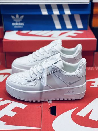 Кожаные кросовки Nike Air Force Af 2 Найк Форс Белый Найк Новинка 2021
