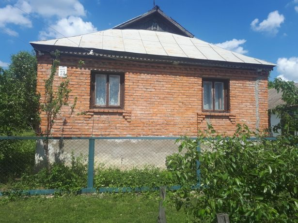 Будинок в с. Ставниця, біля Меджибіж . Дом в с. Ставница