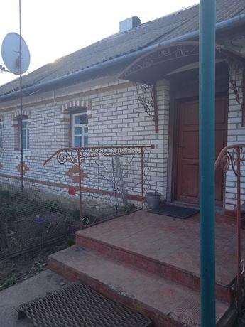 Продается дом в с. Лукашовка Тростянецкого Района.
