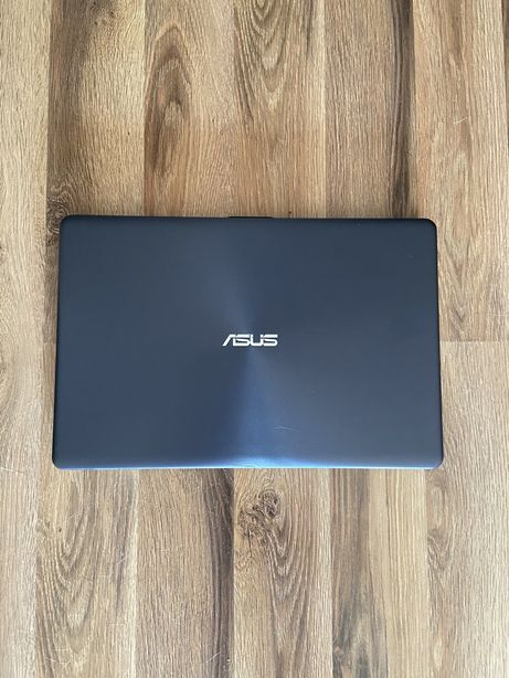 ASUS VivoBook 15 F542UQ i5-8250U/16GB/240SSD+1TB/Win10