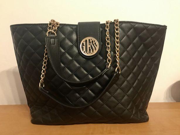 Czarna pikowana torebka GUESS a4 shopper na ramię duża