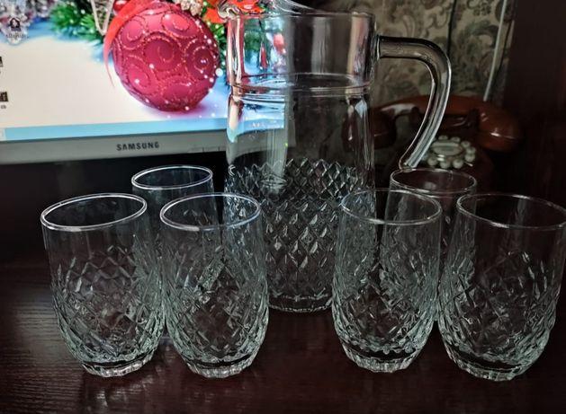 Кувшин со стаканами 1000 руб