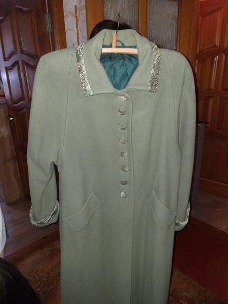 Пальто женское р52