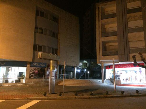 Lugar de Garagem - Edifício Emporium (Centro de Gondomar)