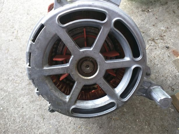 Silnik pralki SOLE 20573.376 Whirlpool Ignis