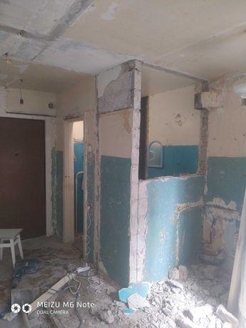Демонтаж плитки, стяжки, стен, штукатурки. Вывоз мусора.