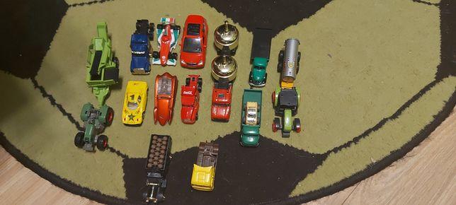 Sprzedam samochodziki i tiry oraz traktorki