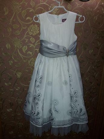 Нарядное платье девочке на 4 года