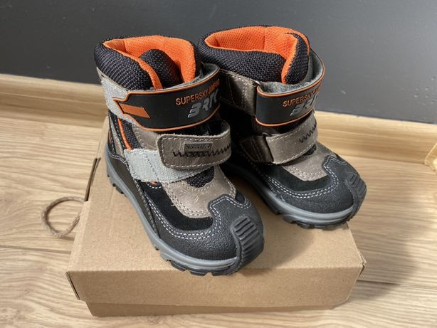 Nowe buty zimowe firmy Bartek rozmiar 21