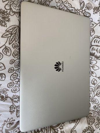 Huawei MateBook.