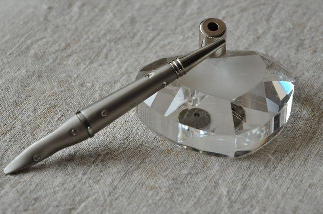 Ручка со стразами Swarowski на хрустальной подставке - сувенирная