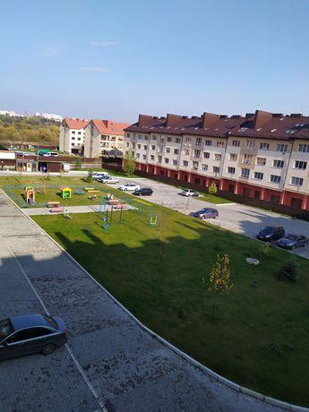 Простора квартира 120 м.кв в НОВОБУДІ котеджного типу