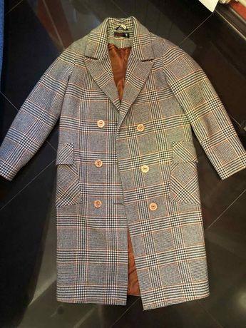 Пальто шикарное теплое