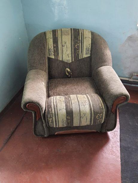 продам кресло-кровать практически новое