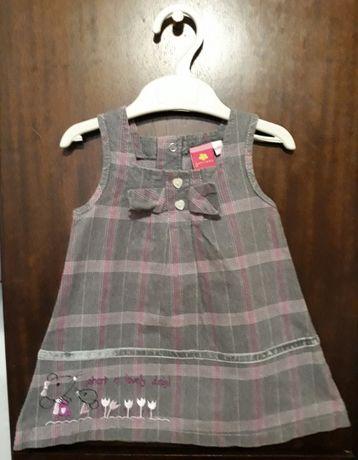 Вельветовое платье с вышивкой на 6-9 мес/juniors