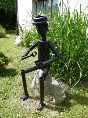 Figura metalowa ogrodowa