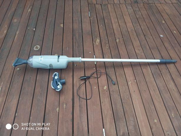 Ручной водный пылесос с аккумулятором Intex для очистки дна бассейна