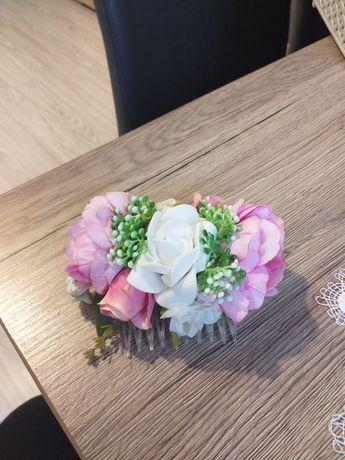 Grzebyk ślubny kwiaty